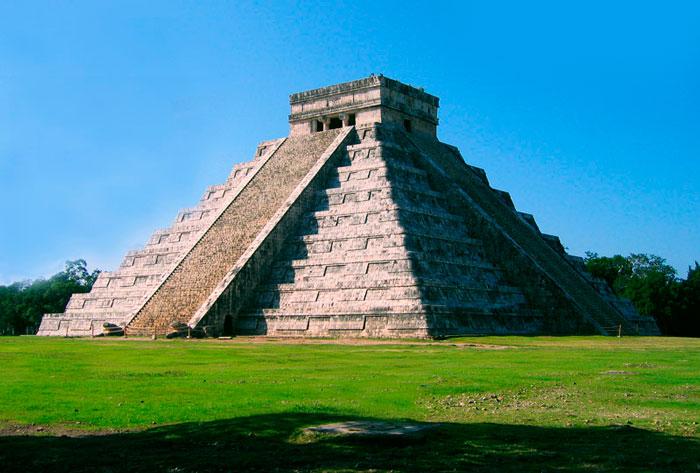 piramida-chichen-ica
