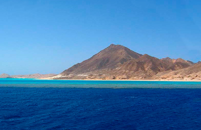 ostrov-zabargad-egipet