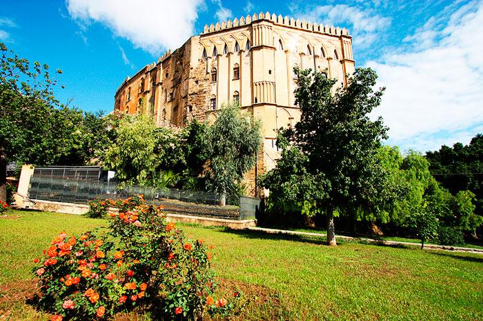 normannskom-dvorce