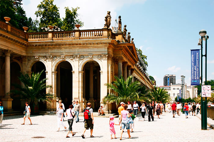 colonnada