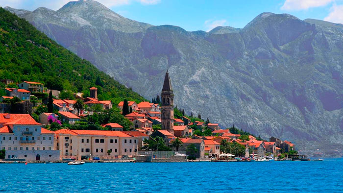 Город Пераст в Черногории