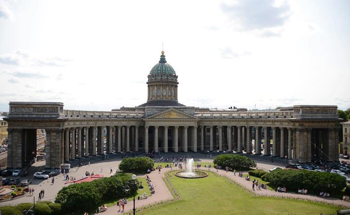 Что посетить в Санкт-Петербурге: Казанский собор