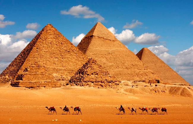 одно из самых красивых мест мира: пирамиды Гизы