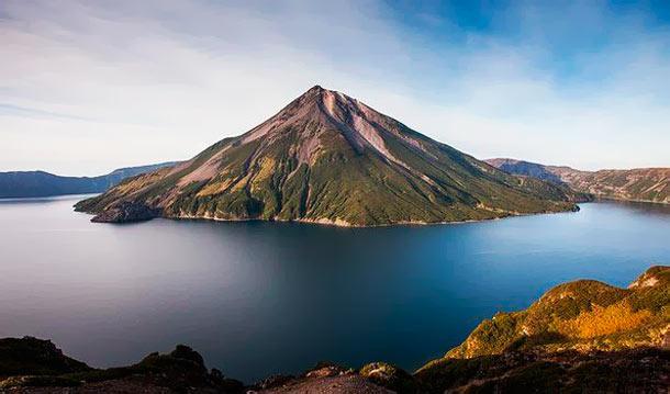 Самые красивые места России: Вулкан Креницына