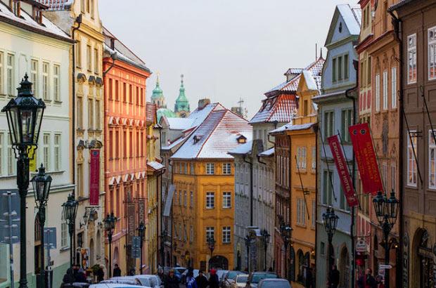 Самые красивые улицы в Европе: нерудова