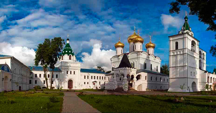 ipatevskij-monastyr-kostroma