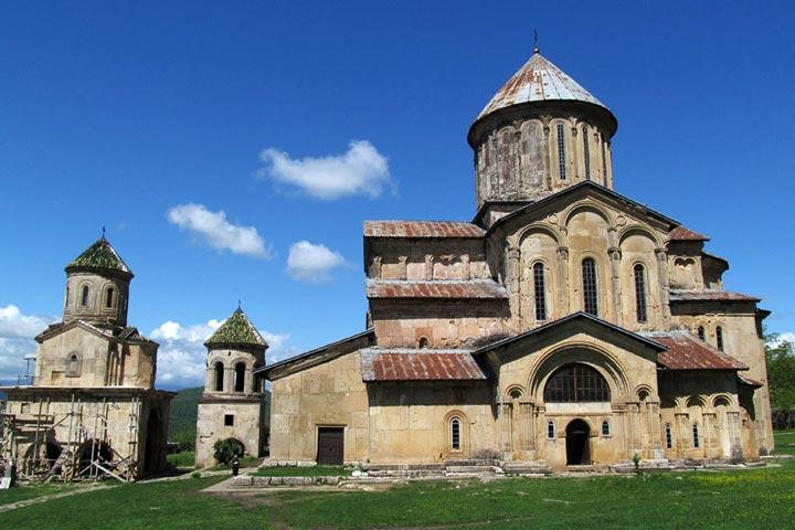 Достопримечательности Грузии: Монастырь Гелати