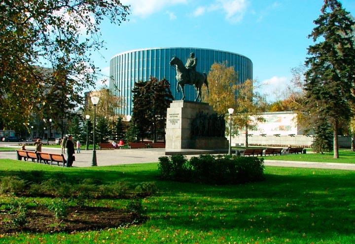 muzey-panorama-borodinskaya-bitva
