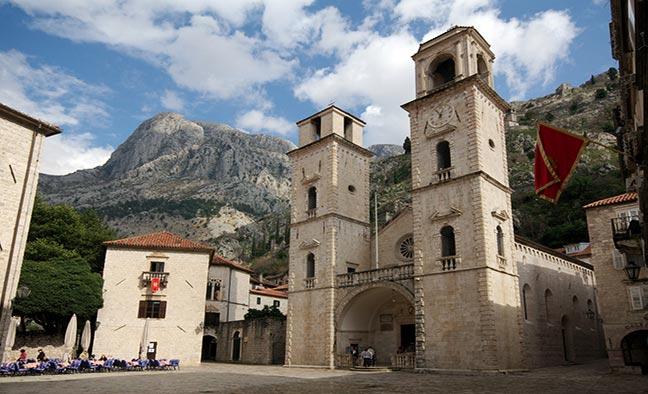Что посмотреть в Черногории: Кафедральный собор Святого Трифона