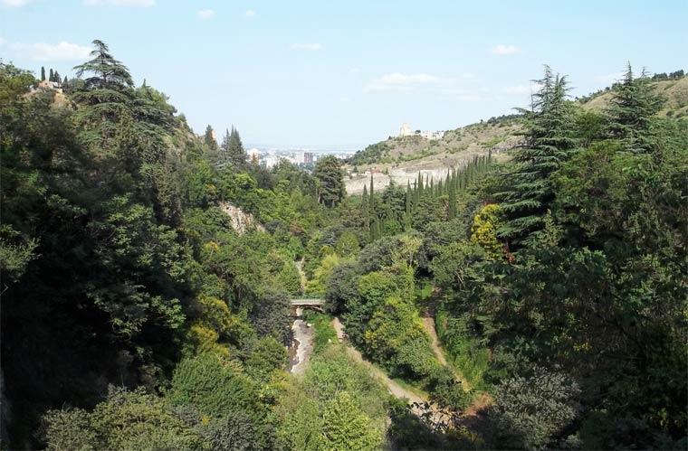 tbilisskij-botanicheskij-sad