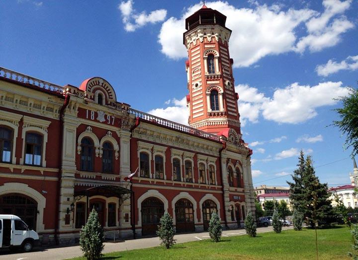 Красивый памятник Волгограда