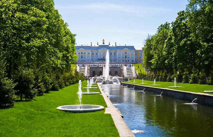 Красивые места Санкт-Петербурга: большой каскад в Петергофе