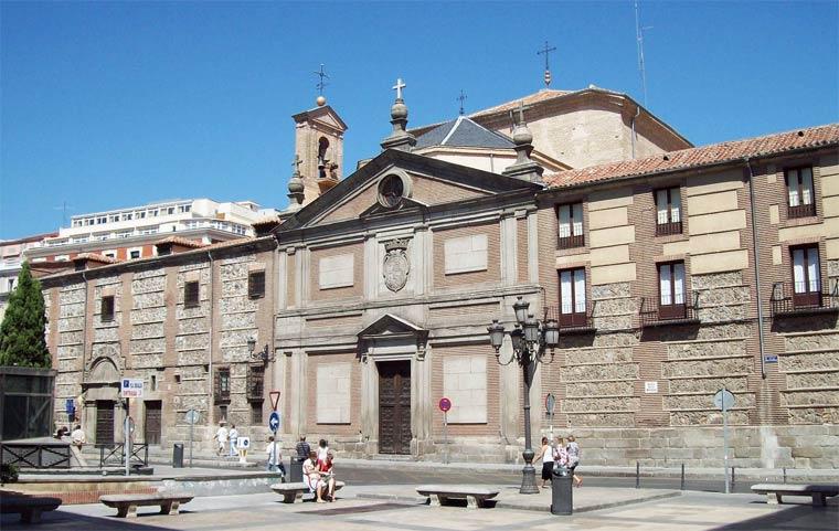 Достопримечательности Мадрида: Монастырь Дескальсас Реалес