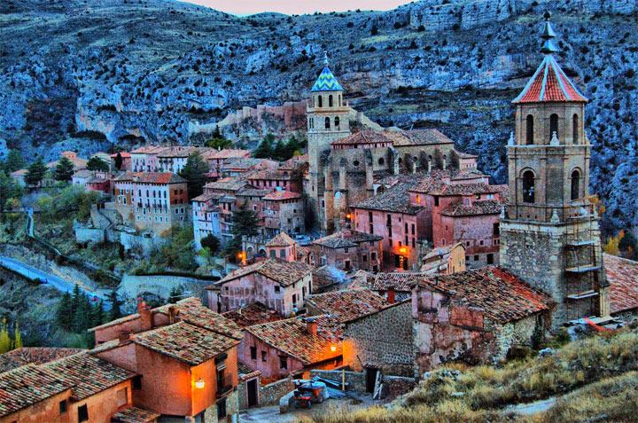 17 самых красивых небольших городов Испании