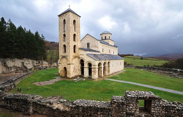 Сербский монастырь Сопочаны