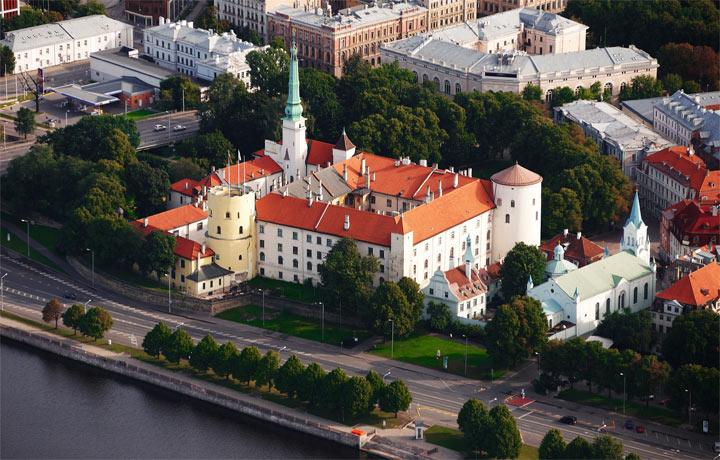 Лучшие достопримечательности Риги: замок