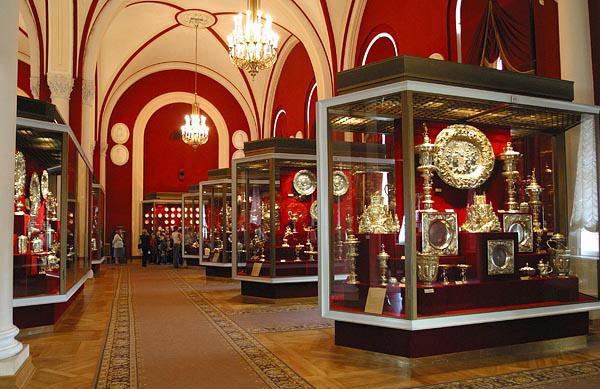 Куда можно сходить в Москве: оружейная палата