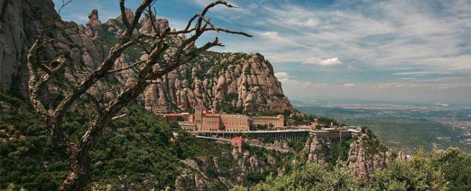 Самые красивые места Барселоны: Монсеррат