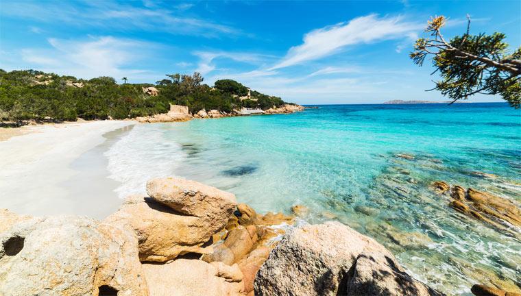 Очень красивый пляж в Италии