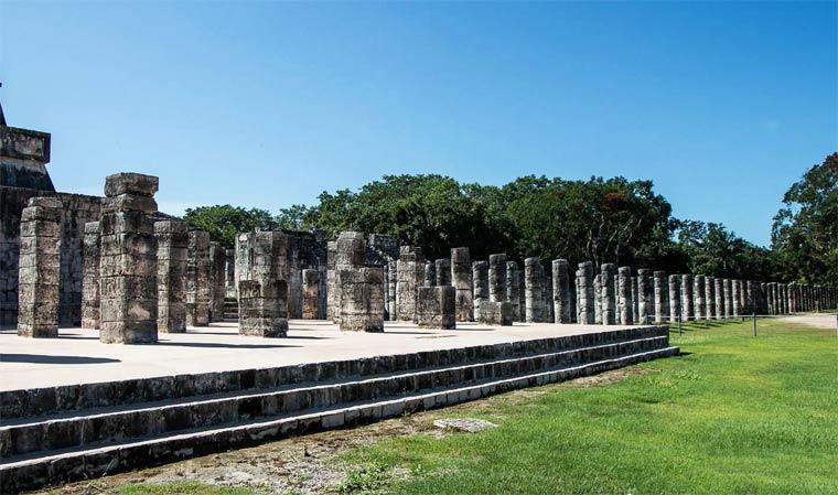 Чичен-Ица - колонны