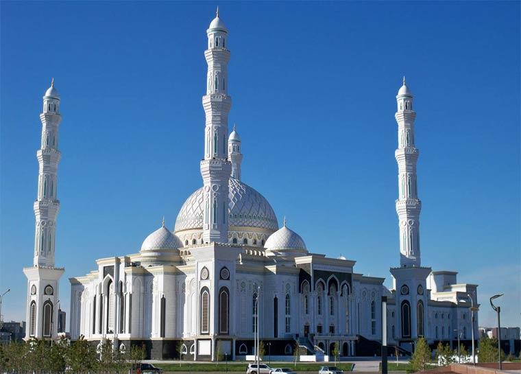 Достопримечательности Астаны: Мечеть Хазрет Султан