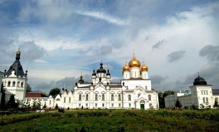 bogoyavlenskij-anastasiin-monastyr