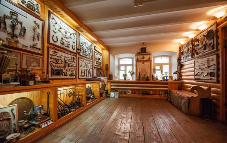 muzej-remesla-arhitektury-i-byta