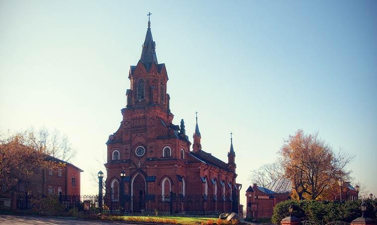 kostyol-sv-rozariya