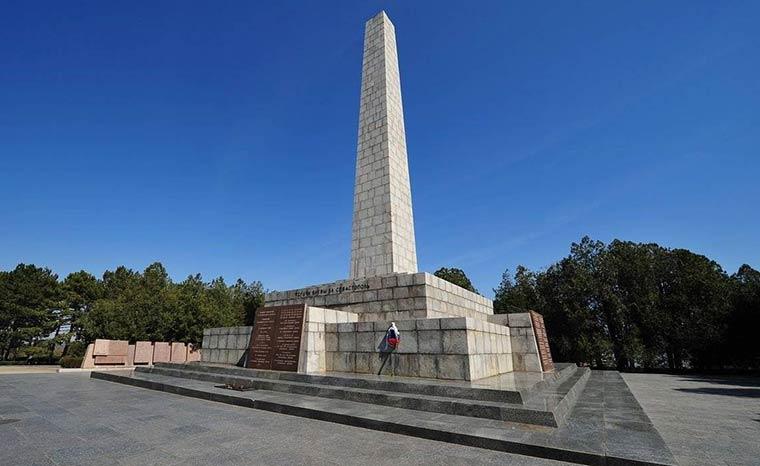 memorialnyj-kompleks-sapun-gora