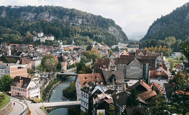 Красивый город в Австрии - Фельдкирх