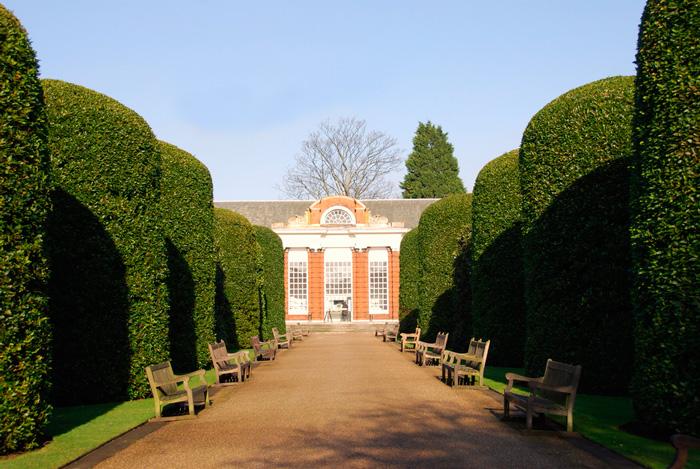 kensingtonskij-dvorec-v-londone