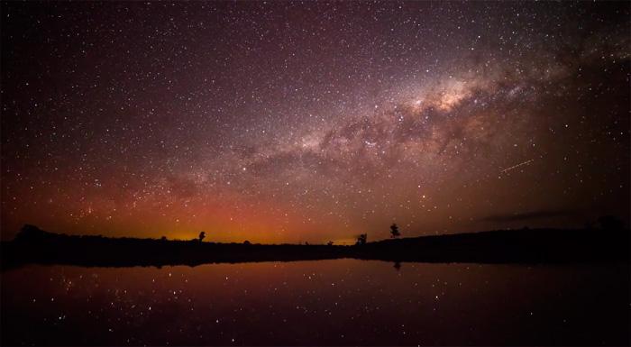 вид на млечный путь ночью