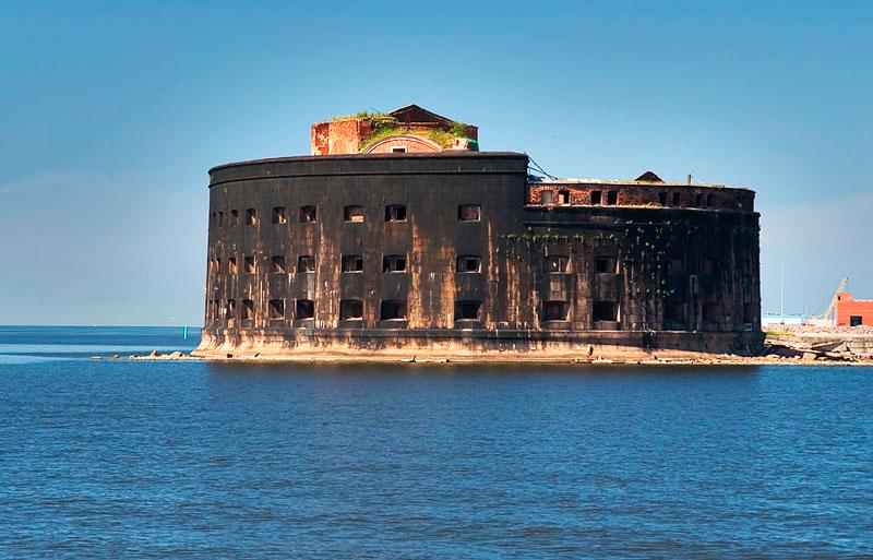 Самые потрясающие морские крепости в мире