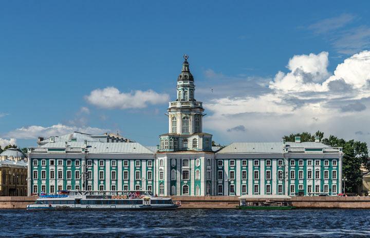 Что посмотреть Санкт-Петербурге: Кунсткамера