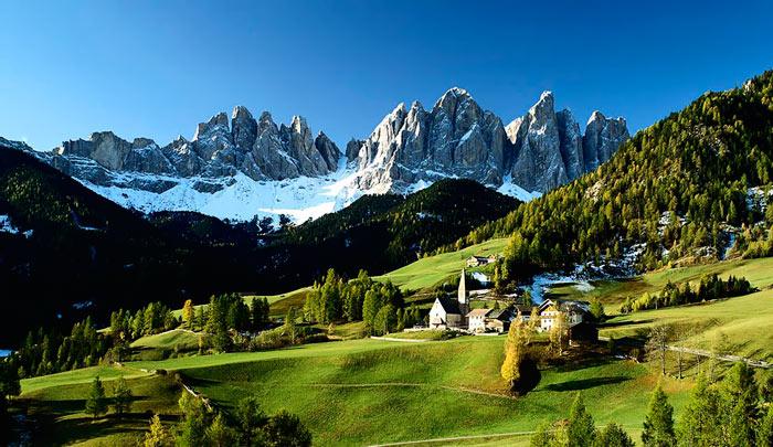 Dolomitovye-Alpy-Italiya
