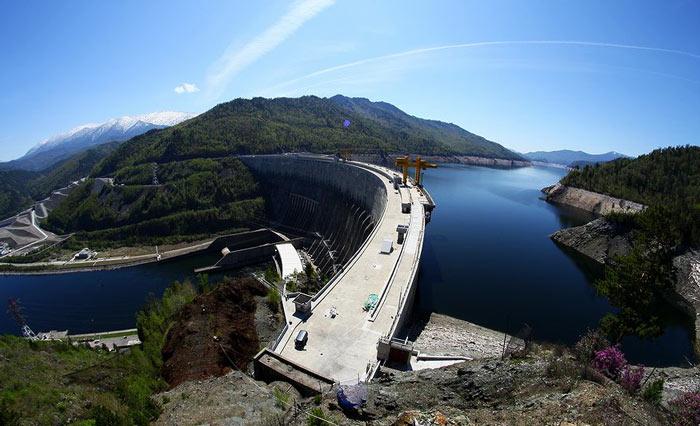 Самые красивые места России: Саяно-Шушенская ГЭС
