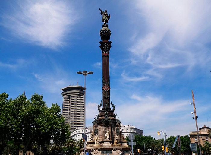 Статуя Колумба