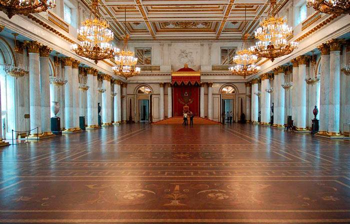 Музей Эрмитаж в Санкт-Петербурге