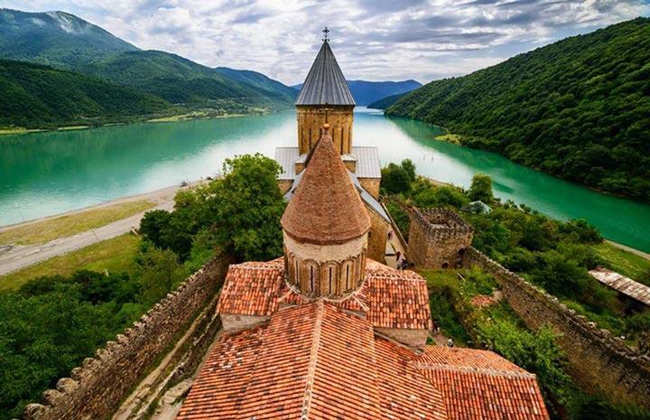 Достопримечательности Грузии: Замок Ананури