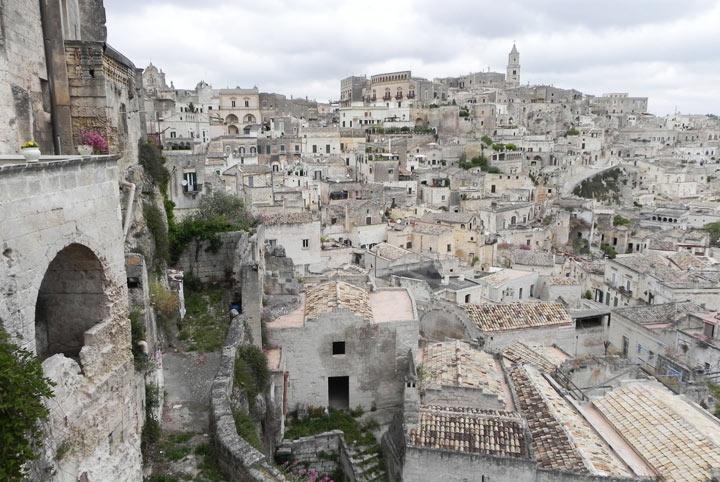 Достопримечательности Италии: Сасси-ди-Матера