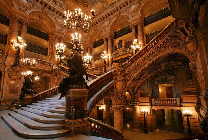 Гранд-Опера внутри
