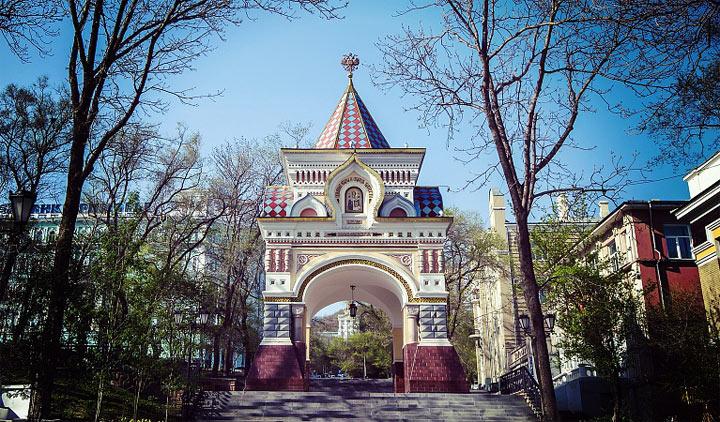 Достопримечательности Владивостока: Николаевские Триумфальные ворота