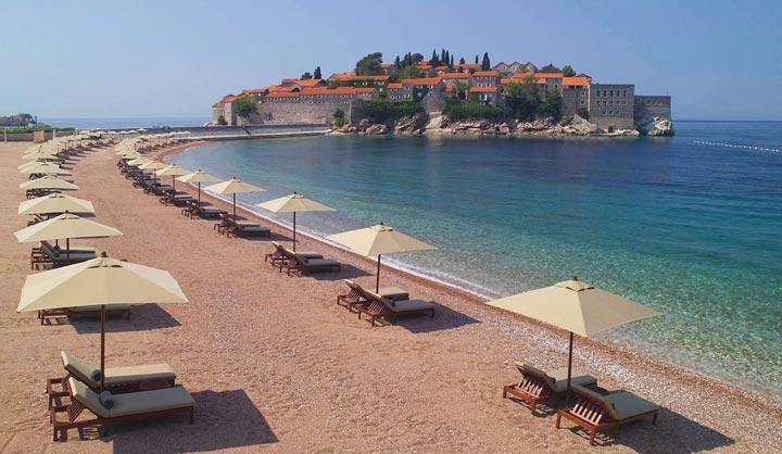 Пляж у острова Святого Стефана