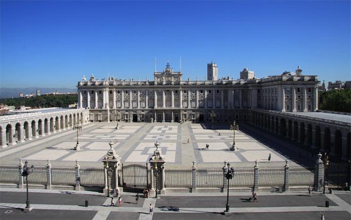 Достопримечательности Мадрида: Королевский дворец