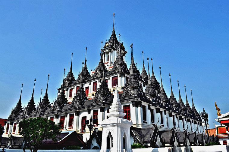 Достопримечательности Бангкока: Ват Ратчанадда
