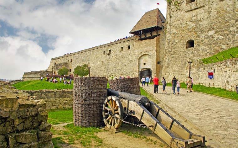 Достопримечательности Венгрии: Эгерская крепость